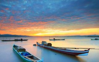 Danau Limboto merupakan salah satu sumber daya alam yg dimiliki Provinsi Gorontalo saat  Kabar Terbaru- LETAK GEOGRAFIS DAN LUAS DANAU LIMBOTO