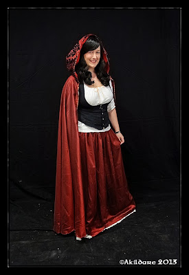 http://lylelo.blogspot.de/2013/04/wip-kostum-little-red-riding-hood-teil-1.html