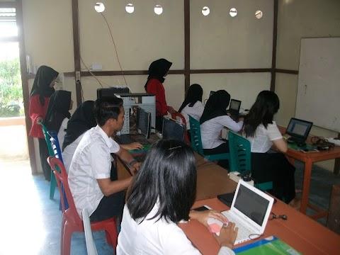 Kursus Komputer Standar Asia Tenggara