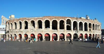 arena-Verona-piazza Brà-architettura-romano