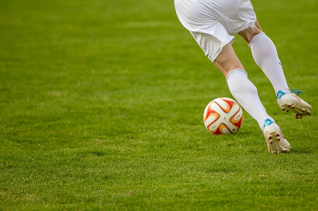 How to Learn Soccer Moves and Tricks like the Pros