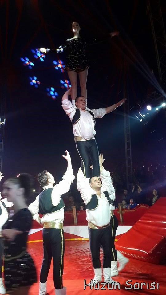 akrobat-gösterisi
