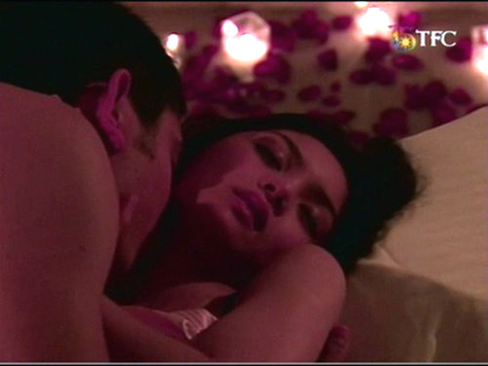 MUST SEE: Here Are the Five Kinds of Love Scenes in Philippine Teleseryes That You Should Know About! #3 Is Incredibly Hot!
