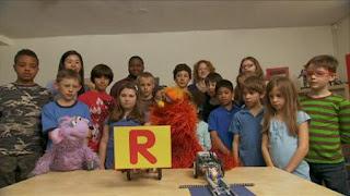 Murray Sesame Street sponsors letter R, Sesame Street Episode 4406 Help O Bots, Help-O-Bots season 44