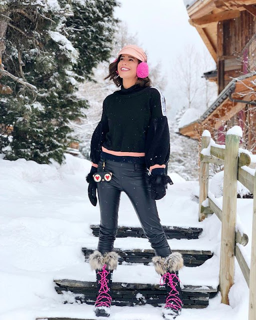 Adriane Garcia Hot & Sexy pics