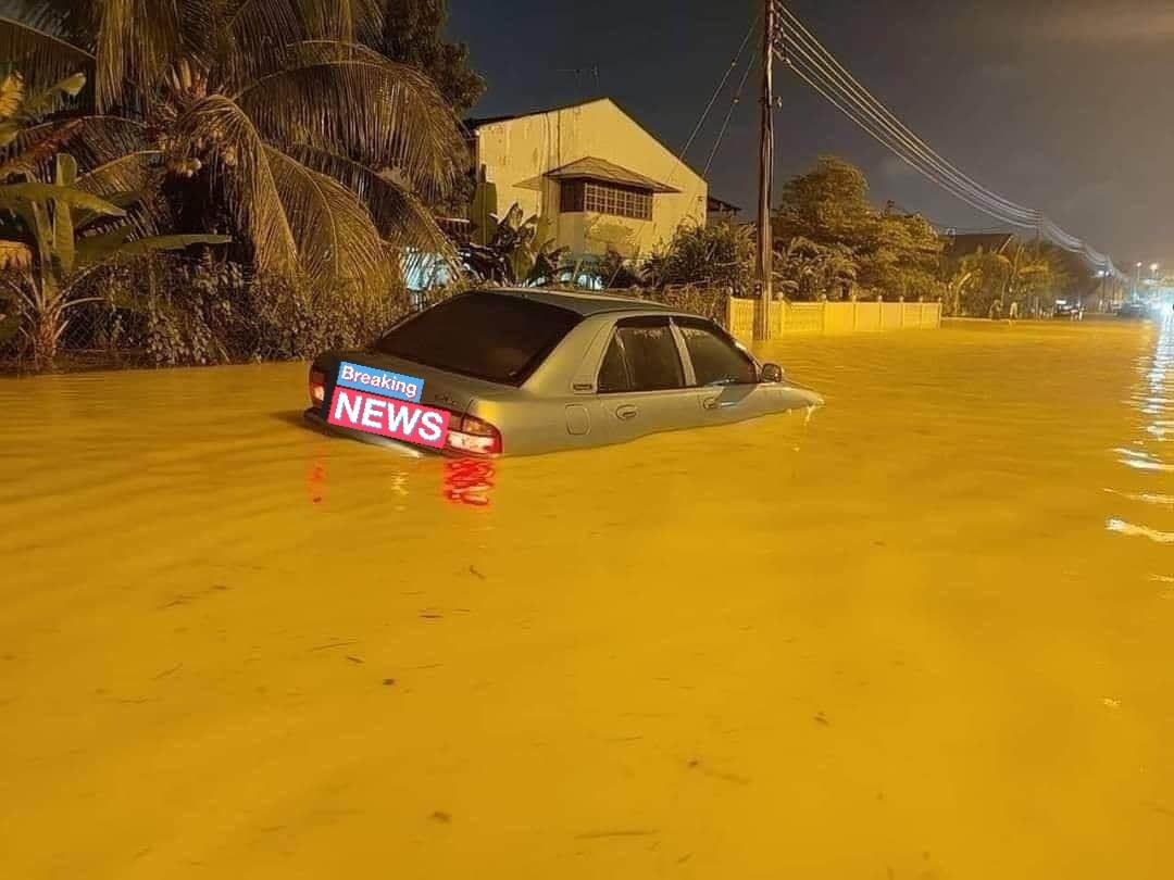 cara selamatkan kereta kena banjir