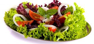 Cara Membuat Salad Buah dan Sayuran Sederhana