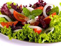 Resep Cara Membuat Salad Buah dan Sayuran Sederhana