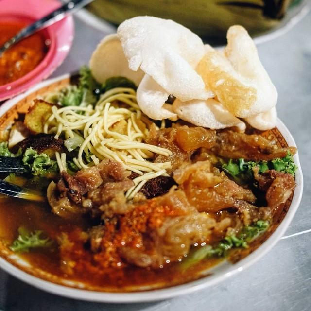 Tempat Makan Tahu Campur di Surabaya