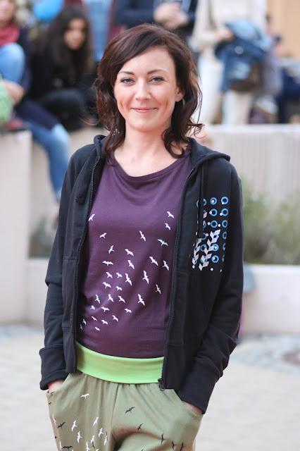 Hose und Shirt mit Vogelschwarm, bedruckte Kapuzenjacke