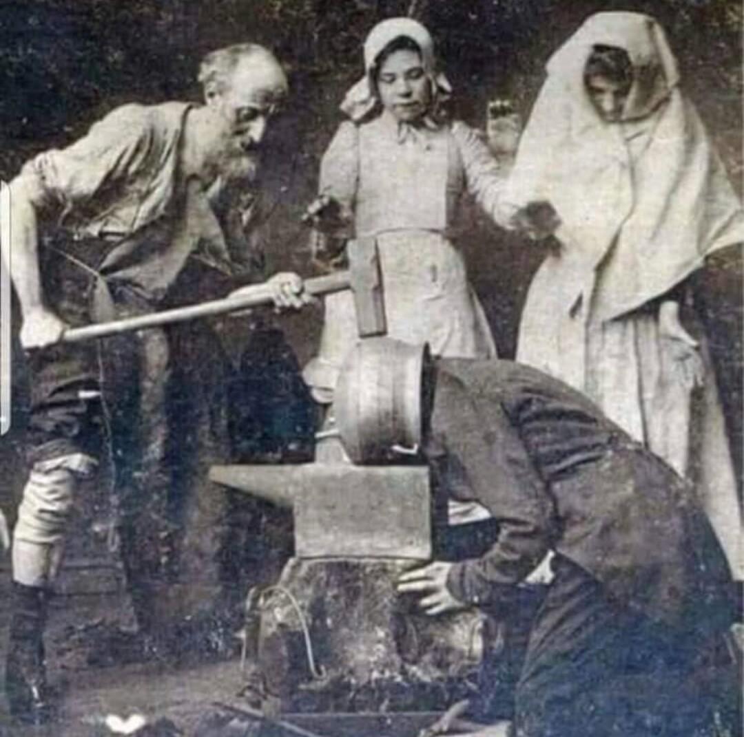 Tuna Baya: Yadda ake maganin ciwon kai a shekarar 1895