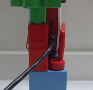 レゴでラズベリーパイの台