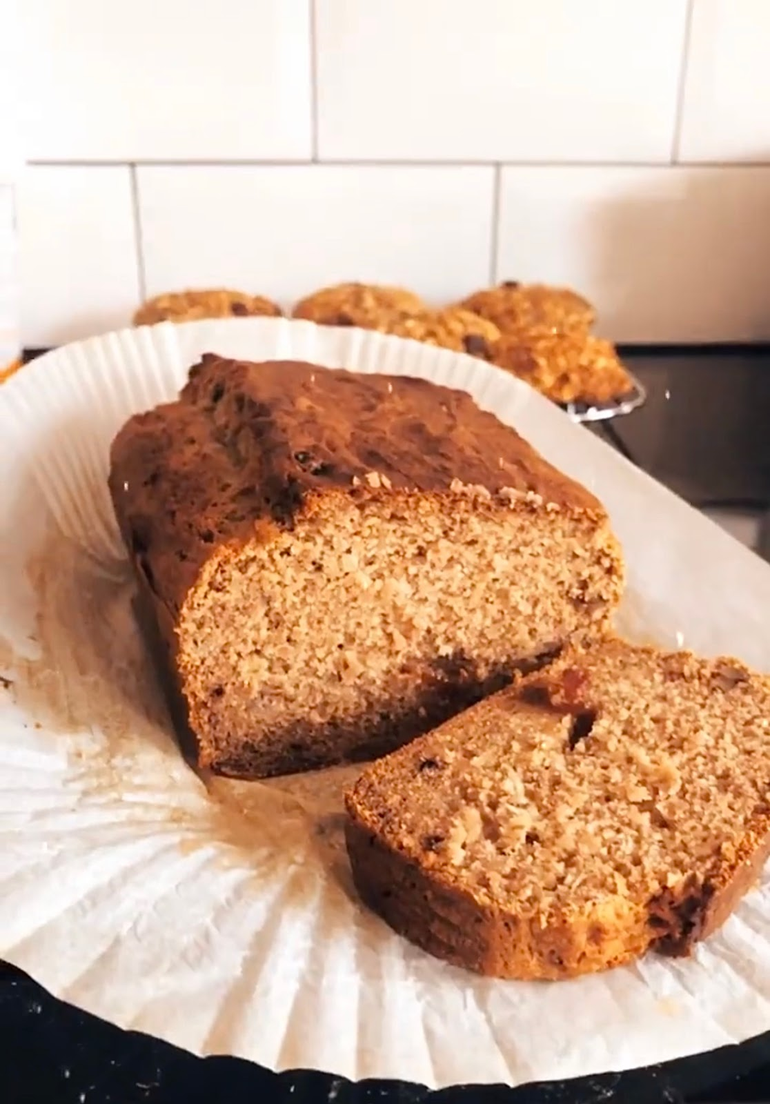My Guilt Free and Fool Proof Walnut and Raisin Banana Bread [vg]