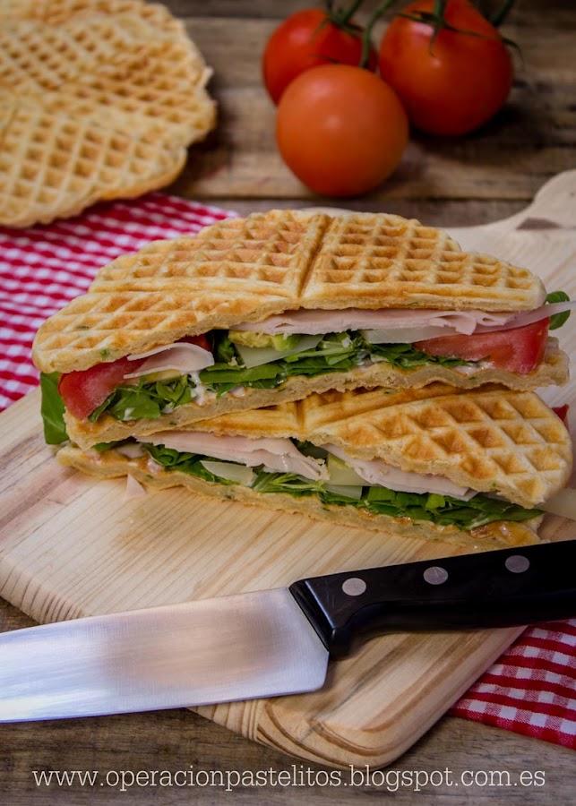 sandwich-gofres-ensalada