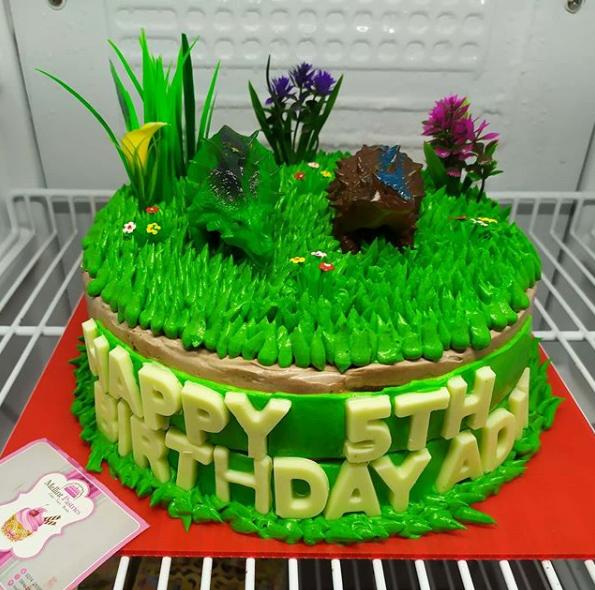 Kue Ulang Tahun Dino