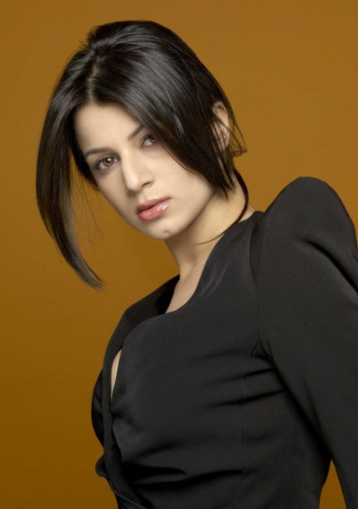 Mankatha fame Kainaat Arora Hot Photo Gallery | South Wood ...