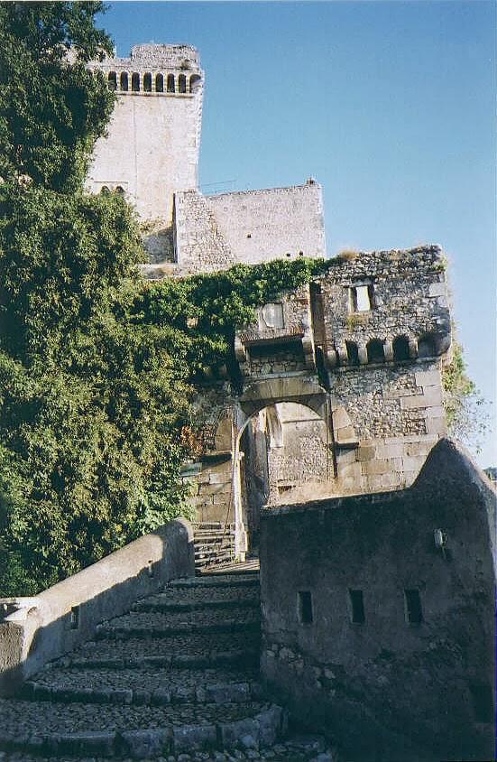 Jeff SHaumeyer - Burgo Medieval e Castelo de Sermoneta