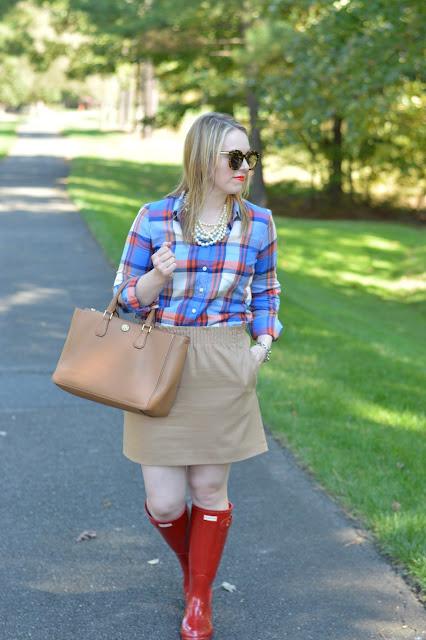 cute-plaid-skirt-outfit-idea-for-fall