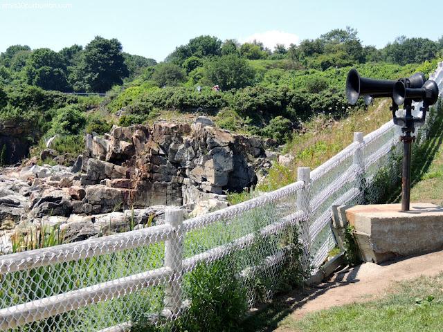 Senderos por los Acantilados de Fort Williams Park en Cape Elizabeth