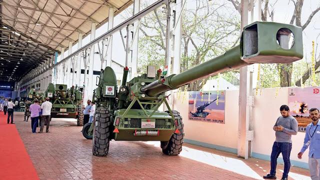 Homemade Howitzer The Dhanush towed artillery gun (indigenised Bofors FH-77)