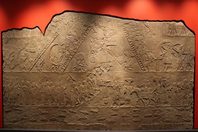 アッシリアがバビロニア王国を支配するまでの歴史とは?