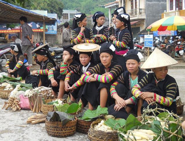 Cao Bằng: Chợ phiên Bảo Lạc đa sắc màu văn hóa