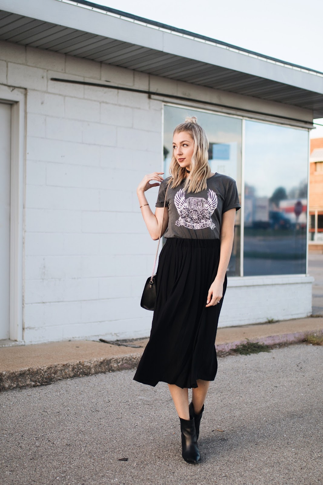 Rocker vibes // graphic tee with a pleated midi skirt