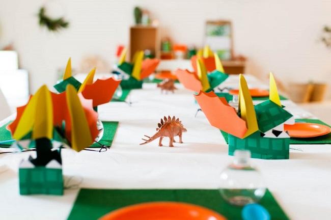 mesa-fiesta-infantil-dinosaurios