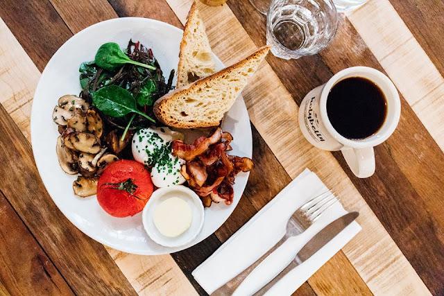 Café da manhã em Paris
