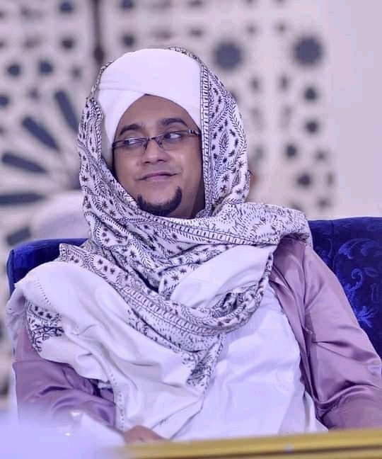 Download Wallpaper Habib Hasan 0806214