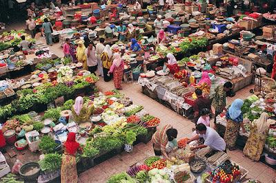mulai dari barang untuk konsumsi hingga barang yang tidak dapat di konsumsi Apa Barang Paling Laris Di Pasaran ?
