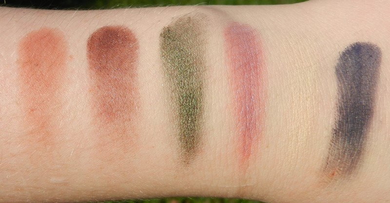 ABH Artist Palette Swatches Dusty Rose, Aubergine, Anaconda, Punch Fuschia, Buttery, Blue velvet