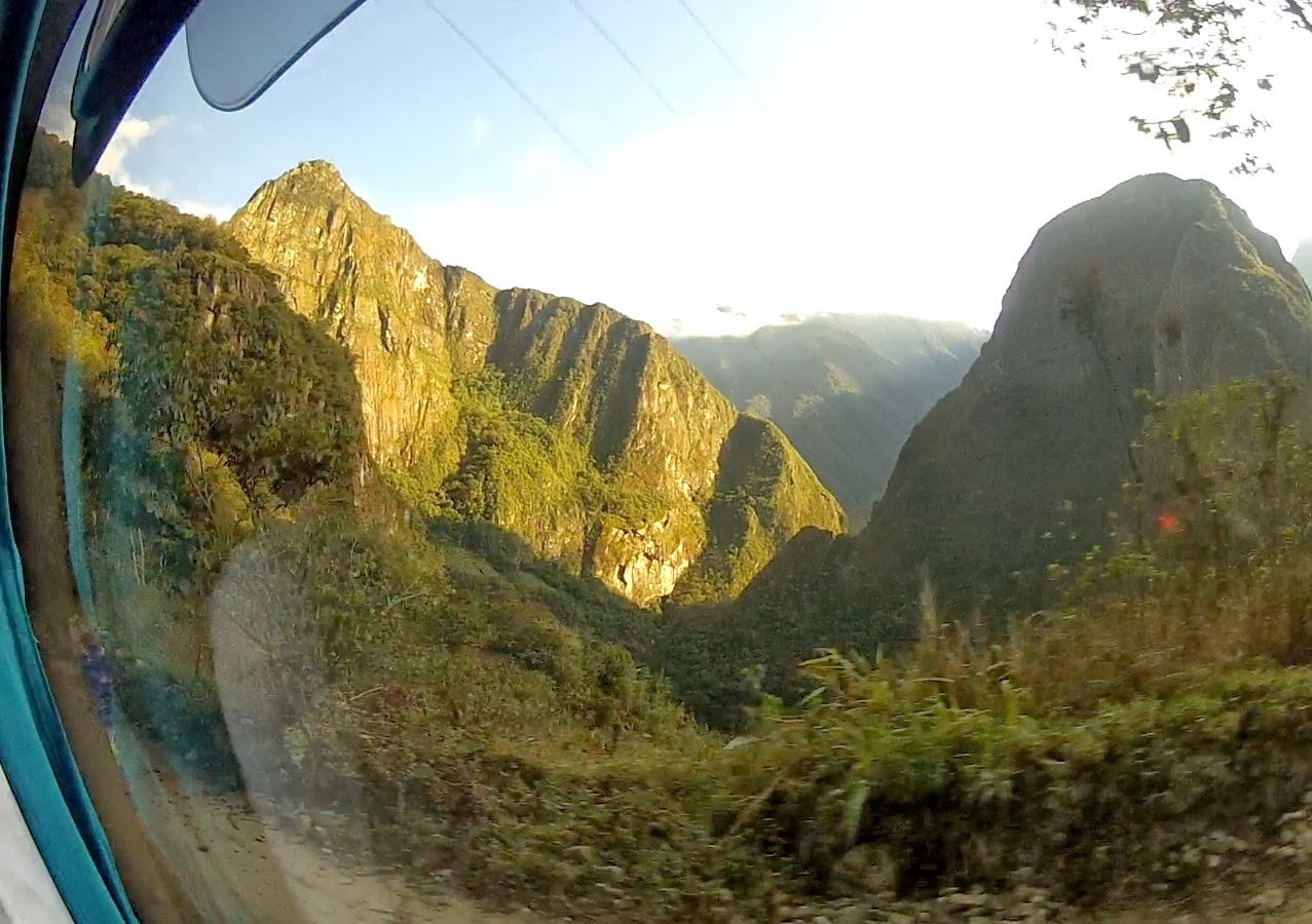 Subindo para Machu Picchu / Peru.