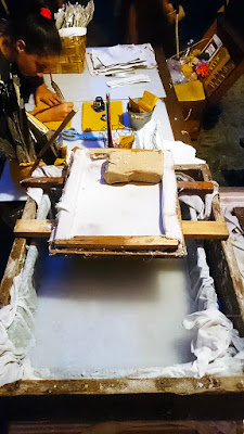 Proces wyrabiania papieru