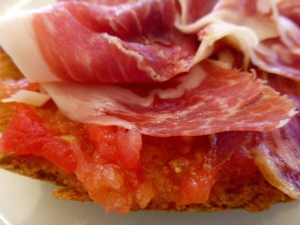 Beneficios de desayunar jamón