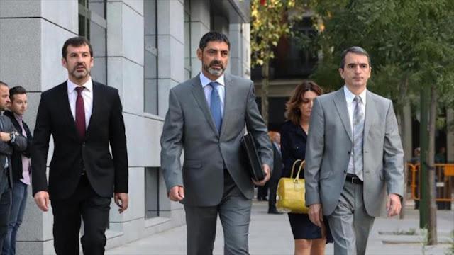 Jueza retira el pasaporte al jefe de Policía catalana por sedición
