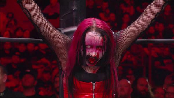 Abadon acusa ex-lutador da WWE de fazer comentários sexistas durante apresentação