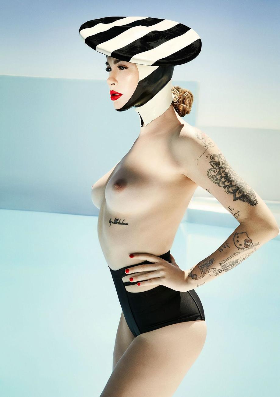 Frankie baldwin naked