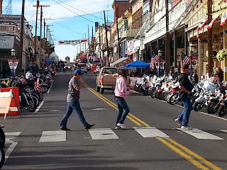 Street-Vibrations-motorcycle-rally