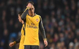 Fans Destroy Arsenal Star On Twitter After Awful Display