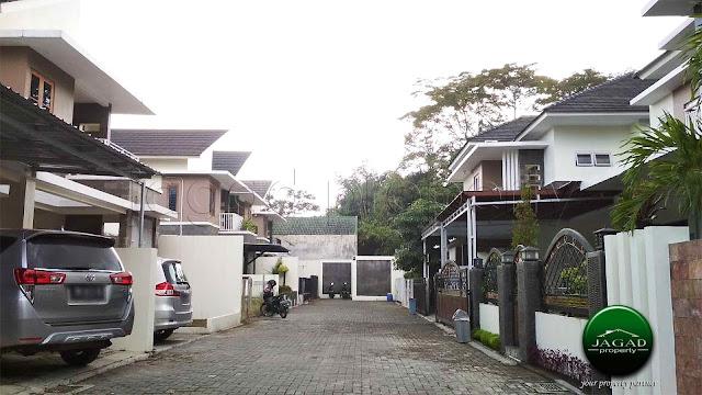 Rumah Eksklusif dekat Jogja Bay