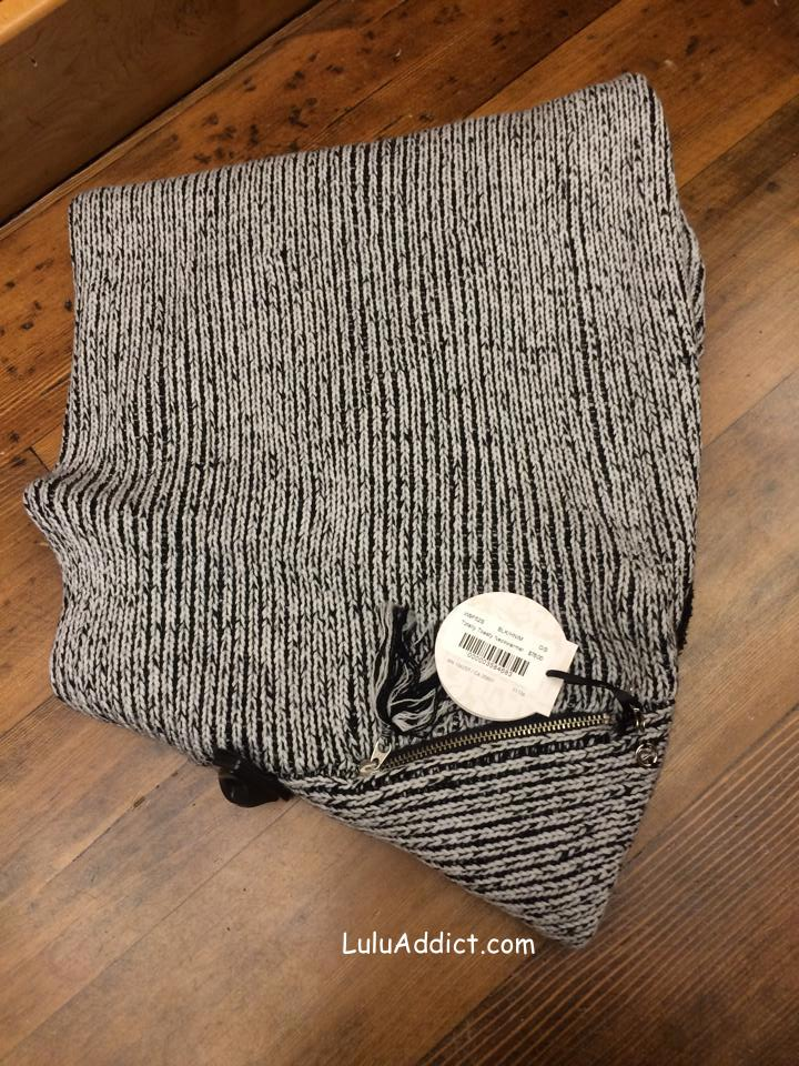 lululemon totally toasty neck warmer