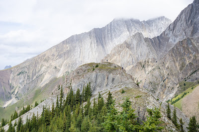 The bump at centre is King Creek Ridge's summit