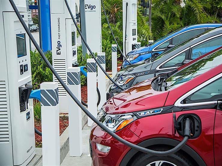 شحن السيارات الكهربائية