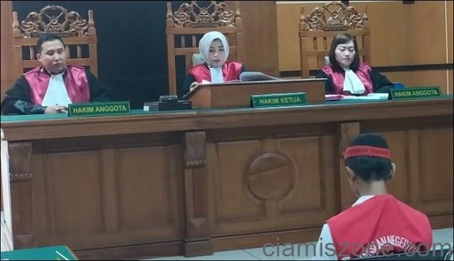 Ayah Tiri Bunuh Balitanya, Divonis 15 Tahun Penjara