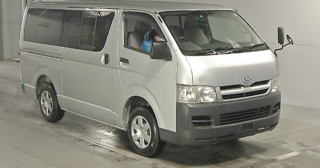 19575tan8 2006 Toyota Hiace Dx For Lesotho To Durban