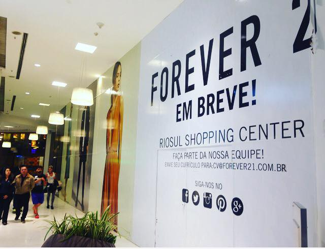 3dd58f480e0 RIOSUL inaugura a primeira loja da Forever 21 na Zona Sul carioca ...
