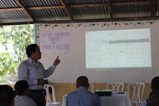Técnicos del distrito 0104 en Cabral reciben orientaciones sobre POA 2019