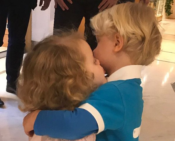 Princess Charlene of Monaco new photos of Prince Jacques and Princess Gabriella. hairdresser salon Haircut