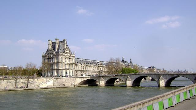 Preparação de Viagem a Paris